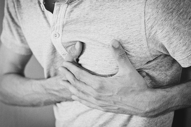 心臓の病気 高血圧が原因の合併症